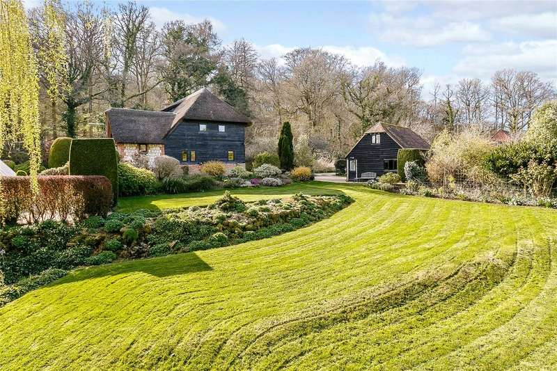 4 Bedrooms Detached House for sale in Hartley Mauditt, Alton, Hampshire