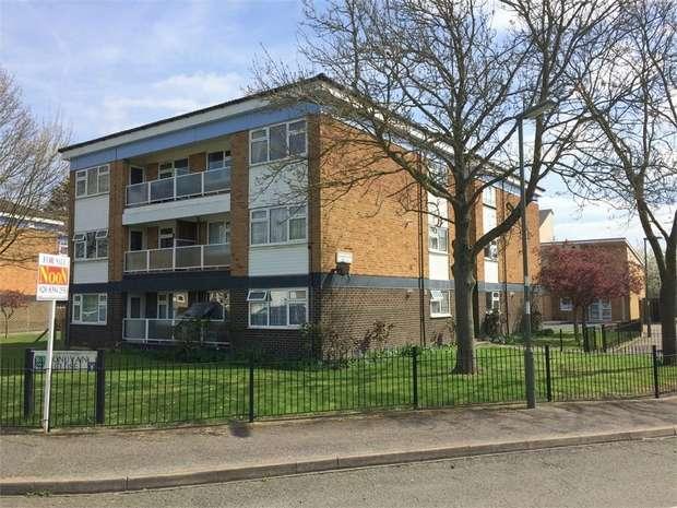 1 Bedroom Flat for sale in Donovan Close, Epsom