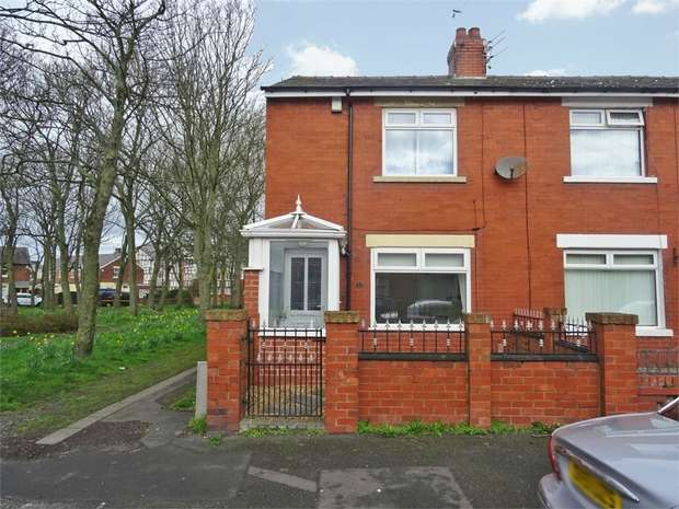 2 Bedrooms End Of Terrace House for sale in Morley Road, Blackpool, Lancashire