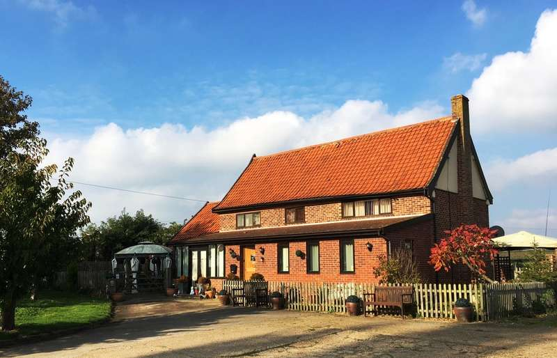 Detached House for sale in Poplar Tree Farm