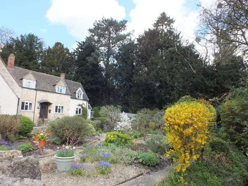 3 Bedrooms Cottage House for sale in Inchbrook, Nailsworth