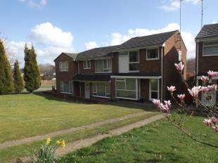 3 Bedrooms Semi Detached House for sale in Forest Close, Crawley Down, West Sussex