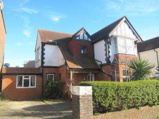 5 Bedrooms Detached House for sale in Rosebery Avenue, Eastbourne, East Sussex