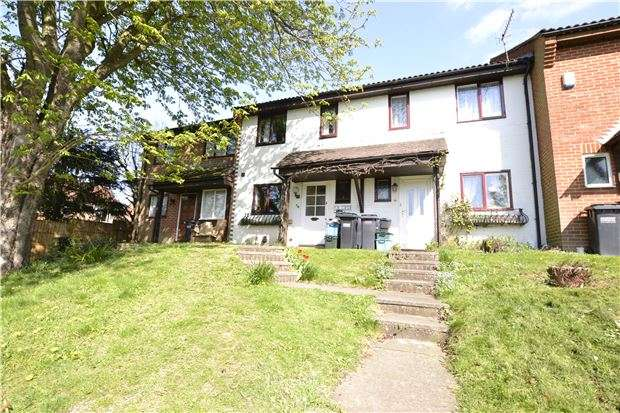 3 Bedrooms Terraced House for sale in Aveling Close, PURLEY, Surrey, CR8 4DW