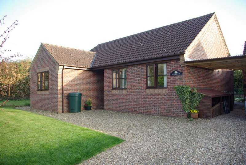 3 Bedrooms Detached Bungalow for sale in Vale Road, Thurton