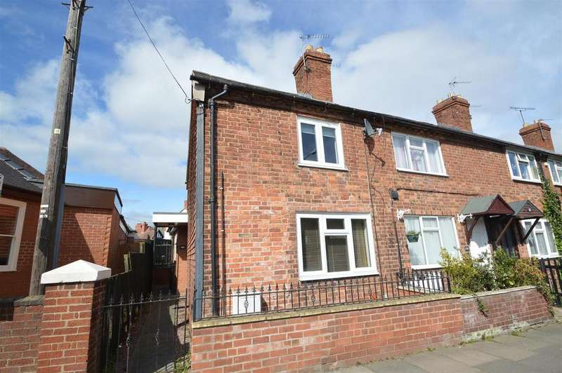2 Bedrooms Terraced House for sale in 76 Copthorne Road, Copthorne, Shrewsbury SY3 8NL
