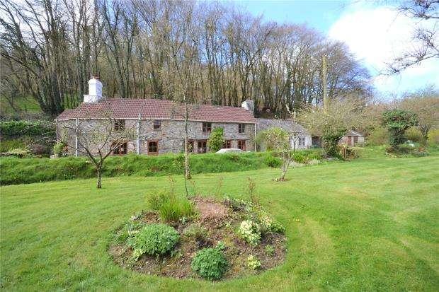 3 Bedrooms Detached House for sale in Newbridge, Callington, Cornwall