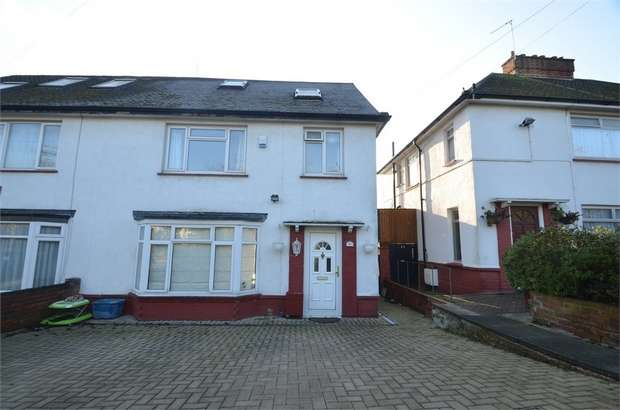 4 Bedrooms Semi Detached House for sale in Wise Lane, LONDON