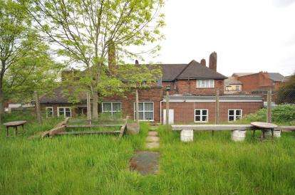 House for sale in Bloxwich Road, Walsall, West Midlands