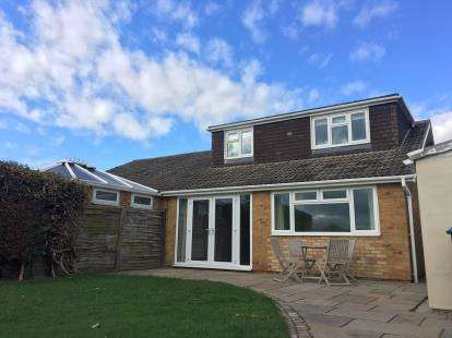 3 Bedrooms Bungalow for sale in Angrove Close, Great Ayton, Middlesbrough, North Yorkshire