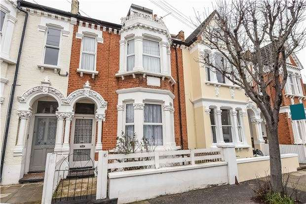 4 Bedrooms Terraced House for sale in Gosberton Road, LONDON, SW12
