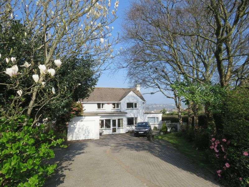 4 Bedrooms Detached House for sale in Treyew Road, Truro