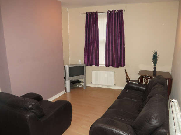3 Bedrooms End Of Terrace House for rent in Grosvenor Road, Wavertree, LIVERPOOL, L15