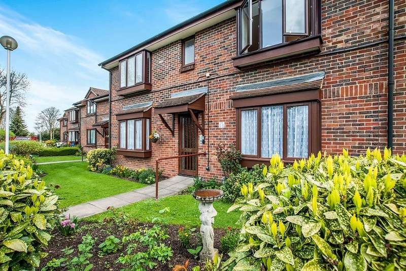 1 Bedroom Flat for sale in The Grange High Street, Abbots Langley, WD5