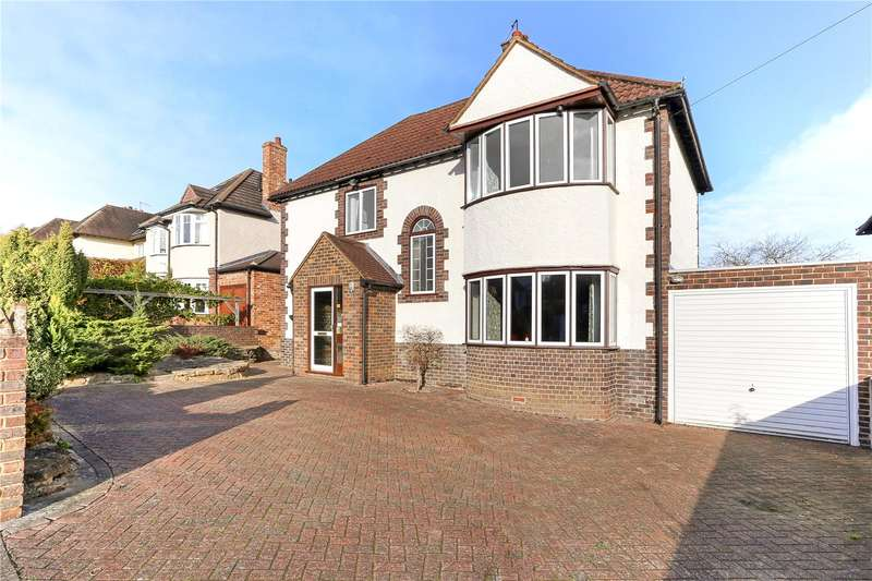 3 Bedrooms Detached House for sale in Binscombe Lane, Godalming, Surrey, GU7