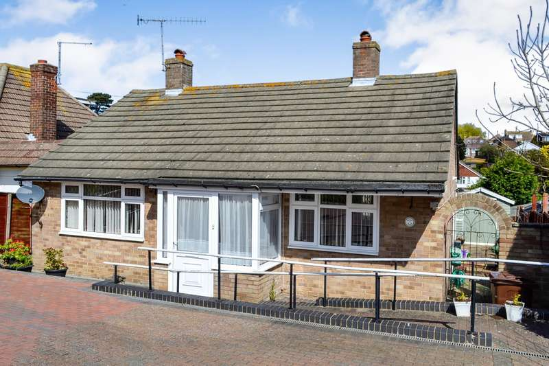 2 Bedrooms Detached Bungalow for sale in Seabourne Road, Bexhill-On-Sea, TN40