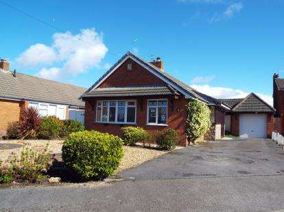 3 Bedrooms Bungalow for sale in Birkdale Avenue, Fleetwood, FY7