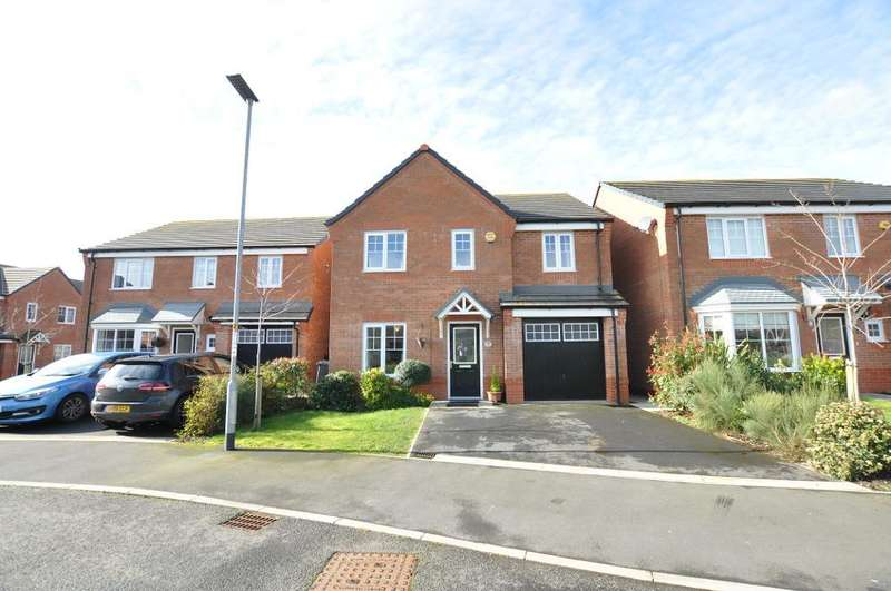 4 Bedrooms Detached House for sale in Primrose Close, Warton, Preston, Lancashire, PR4 1EN