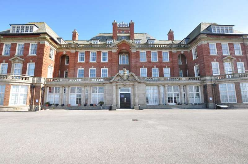 3 Bedrooms Apartment Flat for sale in Admiral Point, Queens Promenade, Bispham, Blackpool, Lancashire, FY2 9GL