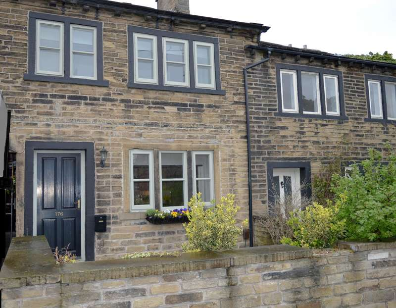 1 Bedroom Cottage House for sale in Blackmoorfoot Road, Crosland Moor, Huddersfield, HD4 5RE