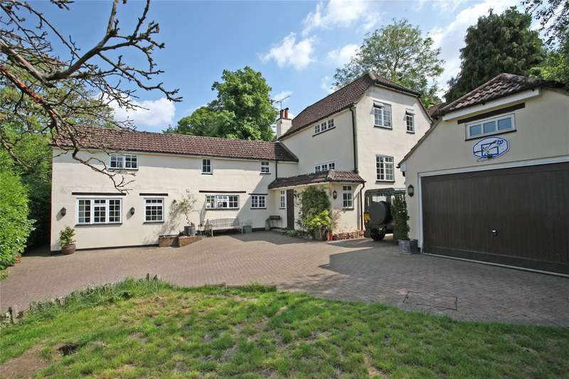 5 Bedrooms Detached House for sale in Upper Bourne Lane, Wrecclesham, Farnham, Surrey, GU10