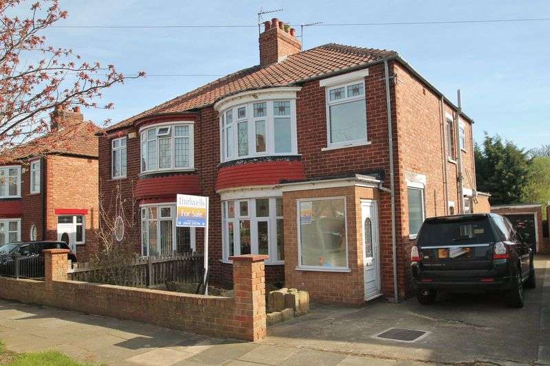 3 Bedrooms Semi Detached House for sale in Easby Avenue, Tollesby