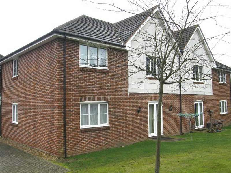 2 Bedrooms Maisonette Flat for sale in Oxhey Hall