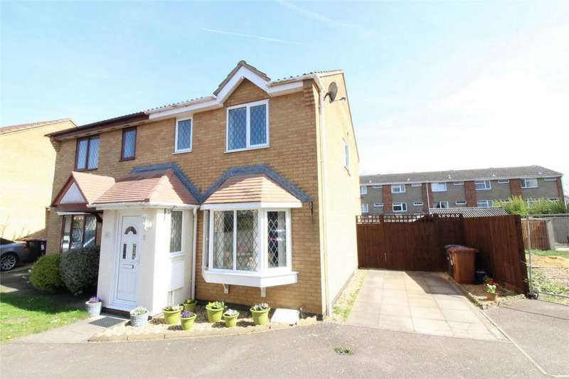 3 Bedrooms End Of Terrace House for sale in Symonds Road, Hitchin, Hertfordshire