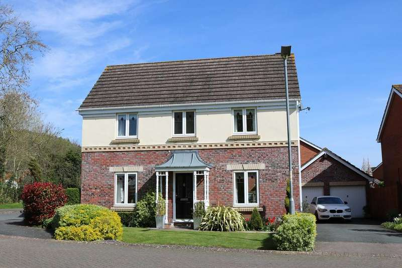 4 Bedrooms Detached House for sale in Hillside View, Credenhill, Hereford, HR4