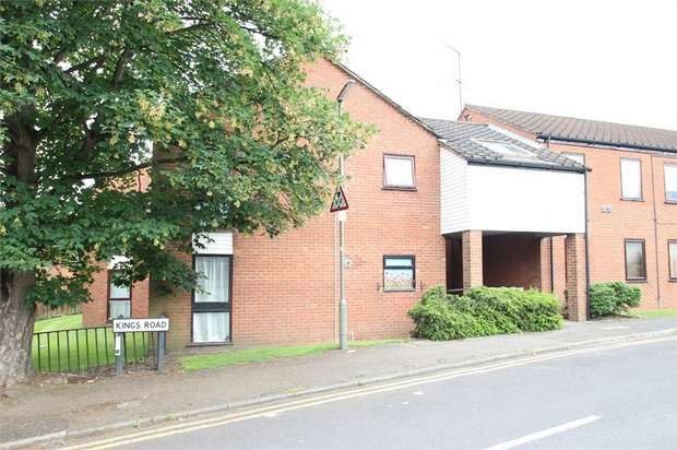 Studio Flat for sale in Regal Court, Kings Road, GUILDFORD, Surrey