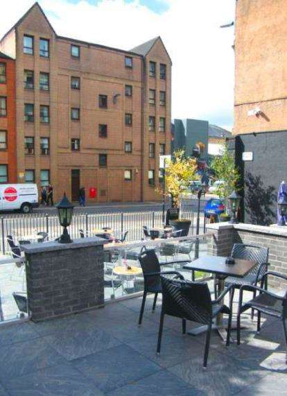 3 Bedrooms Flat for sale in Albion Gate, Merchant City
