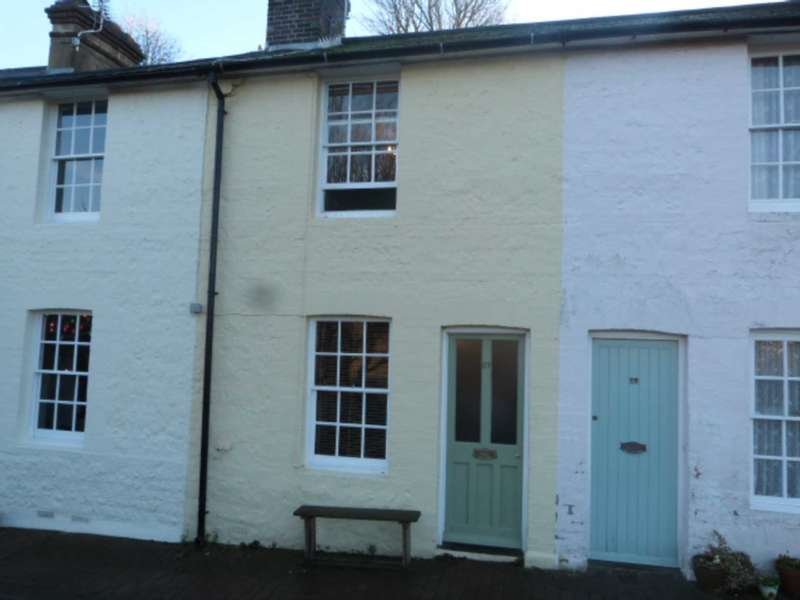 2 Bedrooms Cottage House for sale in New Road, Lewes