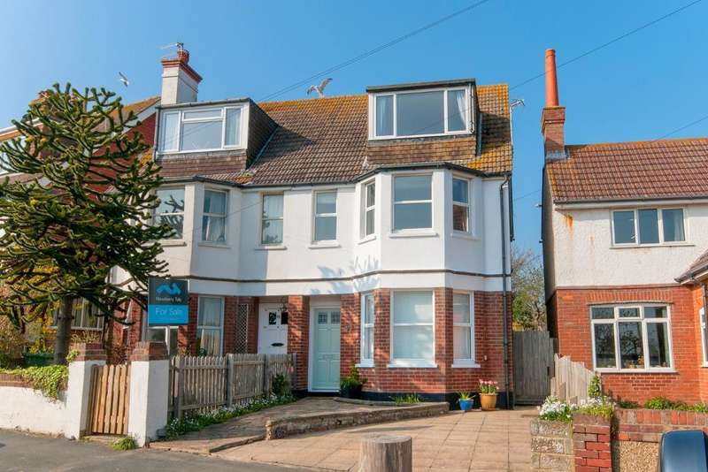 4 Bedrooms House for sale in Bramber Road, Seaford, East Sussex, BN25 1AG