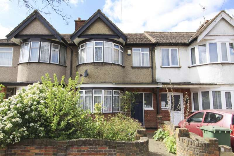 3 Bedrooms Property for sale in Lynton Road, Harrow
