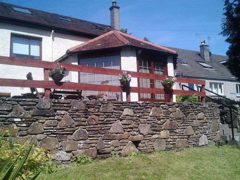 4 Bedrooms Semi Detached House for sale in Ancaster Road, Callander