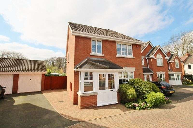 4 Bedrooms Detached House for sale in Walkers Fold, Short Heath, Willenhall