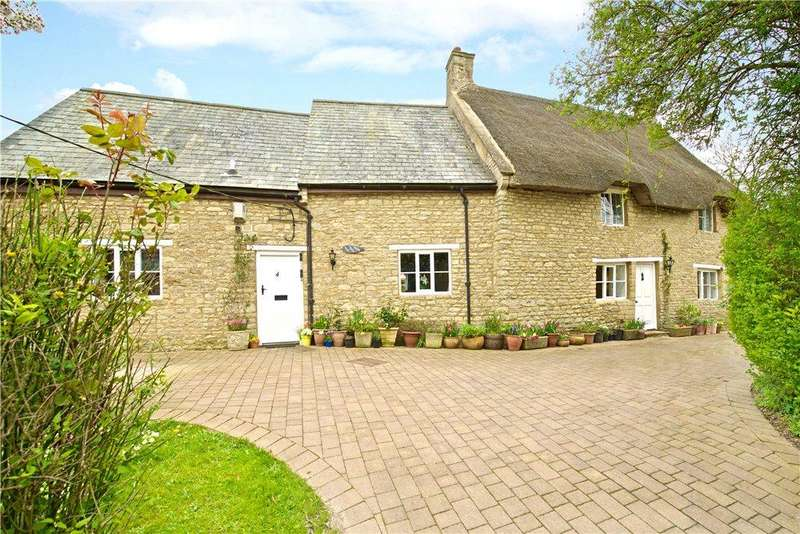 4 Bedrooms Unique Property for sale in Church Street, Helmdon, Brackley, Northamptonshire