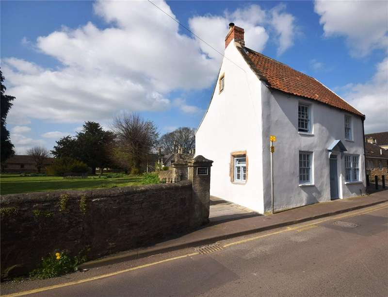 3 Bedrooms House for sale in Priest Row, Wells, Somerset, BA5