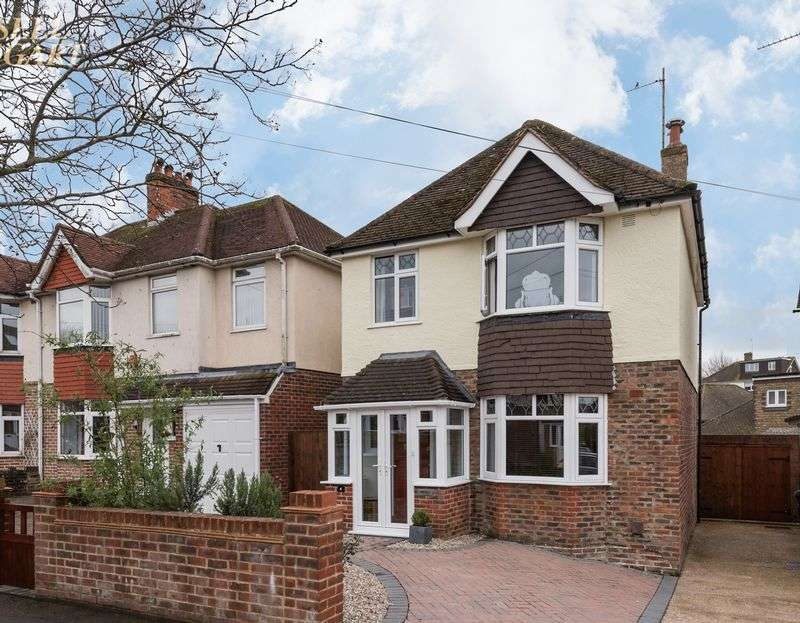 3 Bedrooms Detached House for sale in 4 Mackie Avenue, Patcham, Brighton
