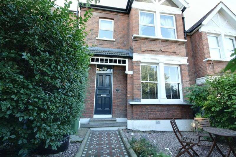 2 Bedrooms Flat for sale in Humber Road, Blackheath, SE3