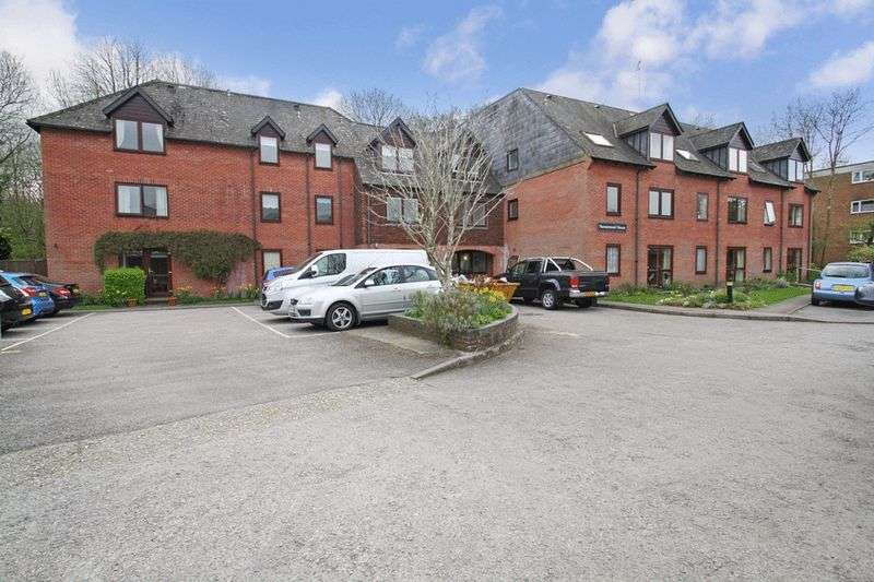 1 Bedroom Retirement Property for sale in Homemead House, Romsey, SO51 8QL