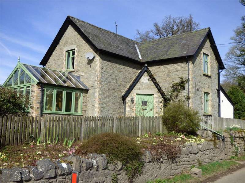 3 Bedrooms Detached House for sale in Evancoyd, Presteigne, Powys