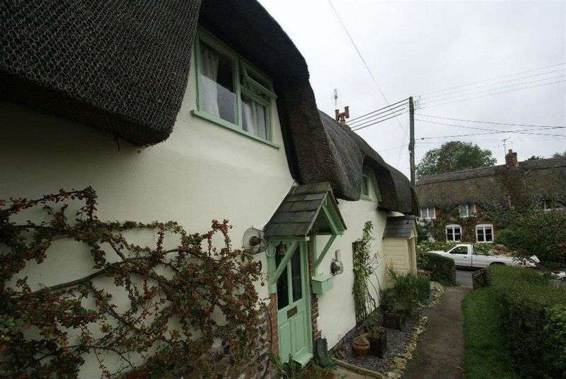 2 Bedrooms Terraced House for sale in Duck Street, Andover
