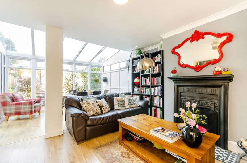 3 Bedrooms House for sale in College Green, Upper Norwood, SE19