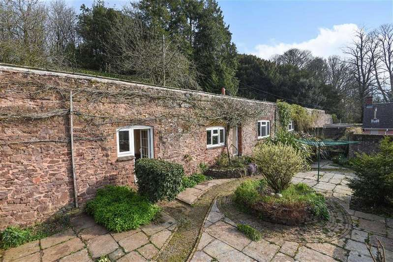 3 Bedrooms Detached House for sale in Abbotsfield, Wiveliscombe, Taunton, Somerset, TA4