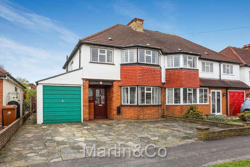 3 Bedrooms Semi Detached House for sale in 'Poets Estate' in Sutton