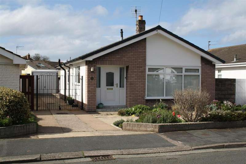 2 Bedrooms Detached Bungalow for sale in Graham Drive, Rhyl