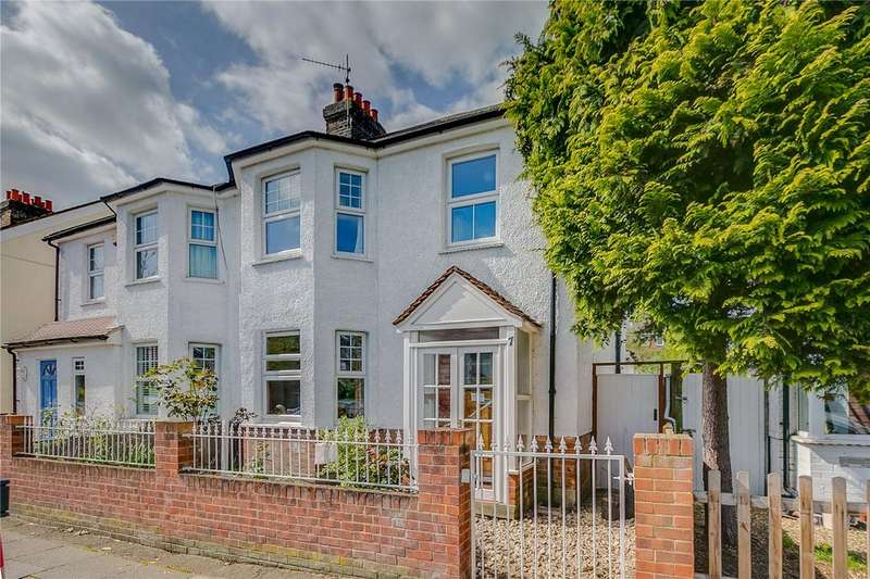 3 Bedrooms Semi Detached House for sale in Marksbury Avenue, Richmond, Surrey