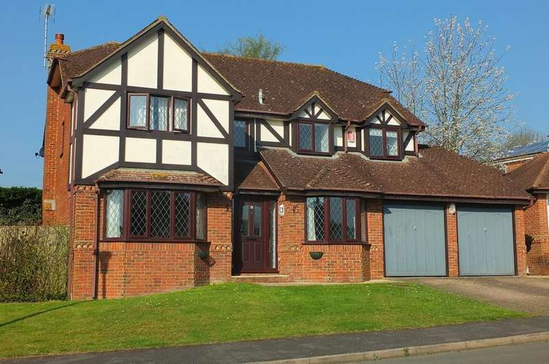 5 Bedrooms House for sale in Farncombe Close, Wivelsfield Green, Haywards Heath, RH17
