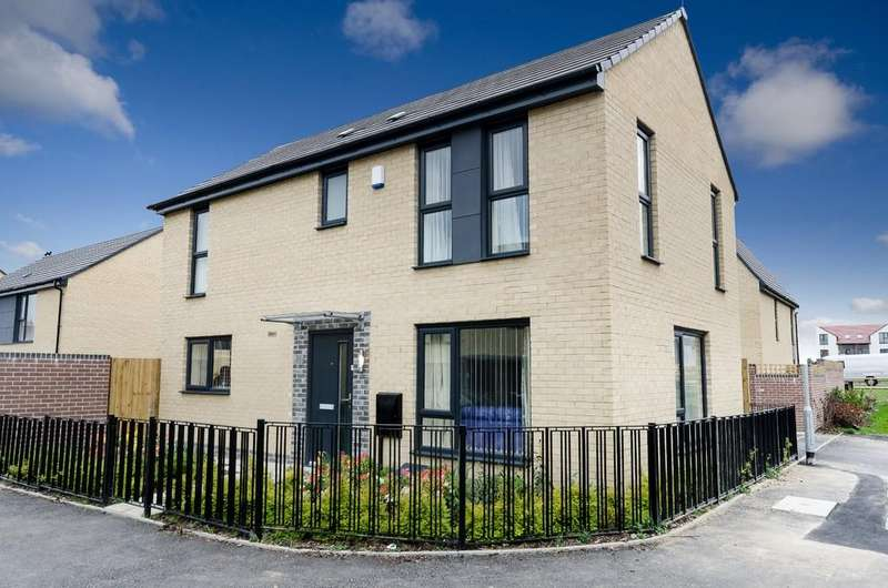 3 Bedrooms Detached House for sale in Rockingham Street, Fitzwilliam